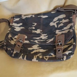 Camouflage messenger bag by Relic